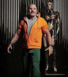 Exclusif : la leçon de mode de Manfred Thierry Mugler