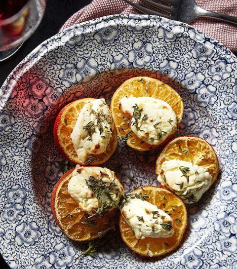 Mandarines rôties, chèvre et thym