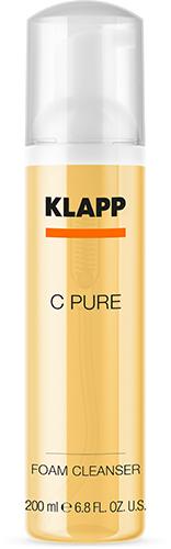 Mousse nettoyante enrichie en vitamine C de la gamme C Pure de KLAPP qui conserve la bonne mine tout l'hiver.