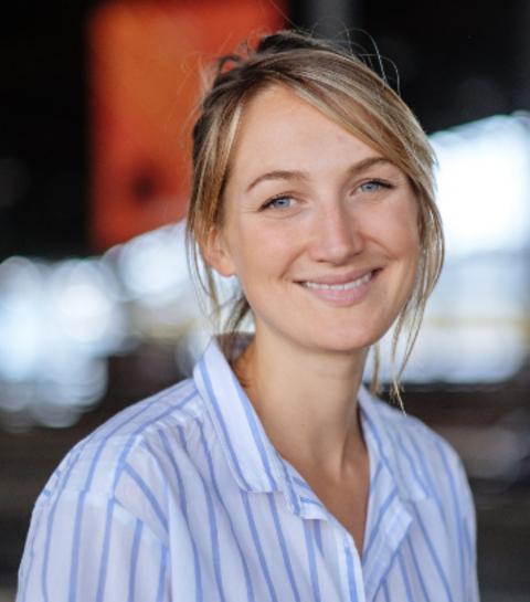 Portrait de Naomi Smith, créatrice des soupes enVie