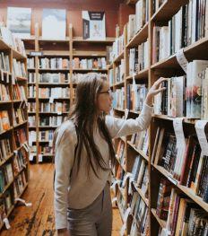 10 autrices belges à mettre absolument dans sa bibliothèque