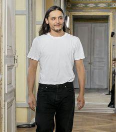 Olivier Theyskens est le nouveau directeur artistique d'Azzaro