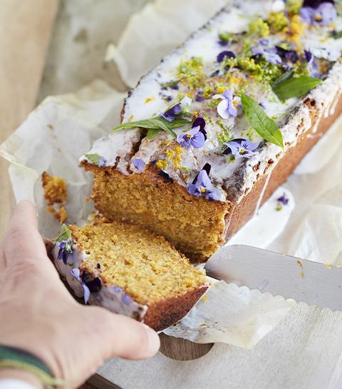 Un cake à la carotte facile et rapide pour le goûter
