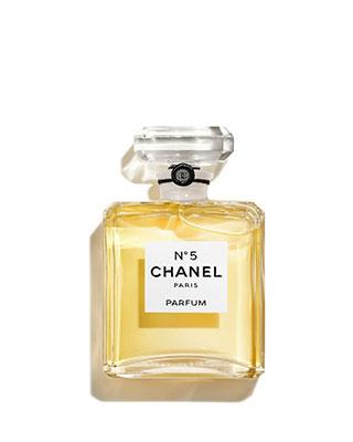 Flacon du parfum N°5 de Chanel.