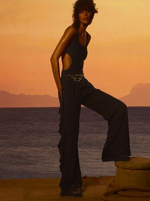 01_CHANEL_2020_21_Cruise_collection_copyright_Karim_Sadli_1
