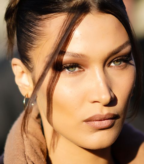 Comment copier le regard « foxy eyes » de Bella Hadid (sans chirurgie) ?