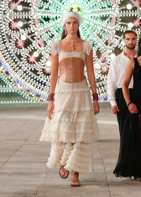Dior célèbre la région des Pouilles dans un show émouvant - 4