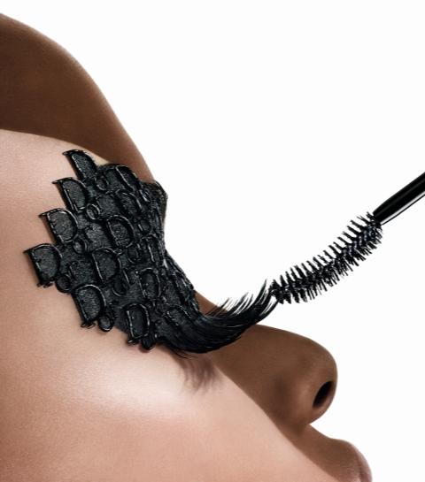 Le bluffant mascara Diorshow Iconic Overcurl dispo en avant-première