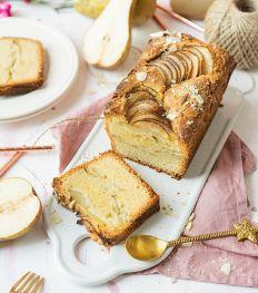 Cake poire et amandes healthy de Simply Morane