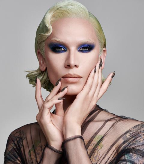 Qui est Miss Fame, la drag performer, influenceuse et icône de mode au million d'abonnés ?
