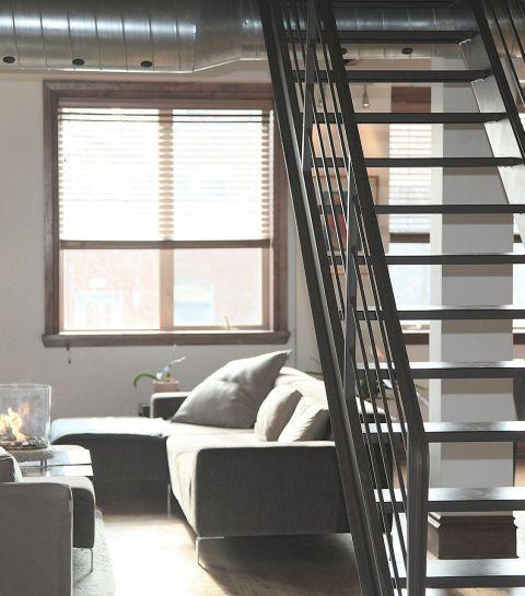 Comment décorer votre escalier ? Tendances et inspirations