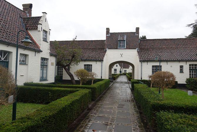 Maisons dieu à Bruges