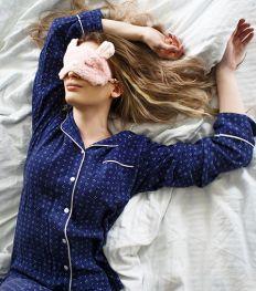Comment mieux dormir malgré l'anxiété provoquée par la crise Covid-19 ?