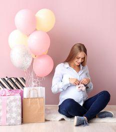 10 cadeaux personnalisables à offrir à de futurs parents