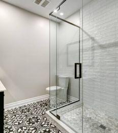 Douche à l'italienne : le bon choix de paroi