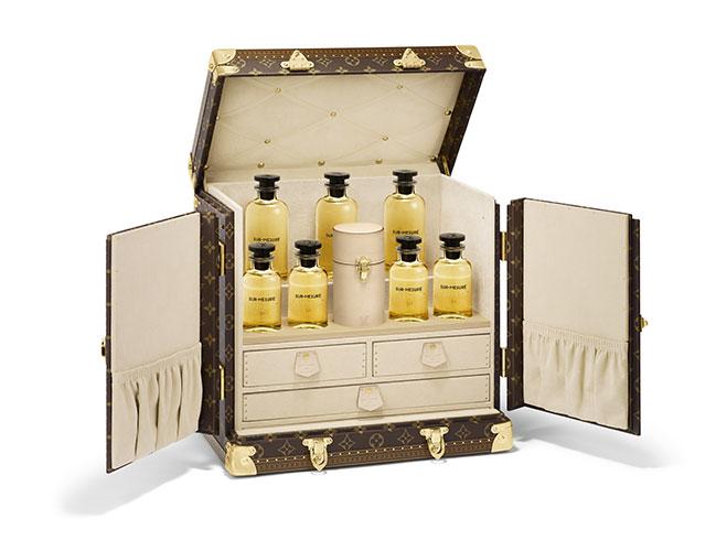 Malle personnalisable contenant les parfums sur-mesure de Louis Vuitton.