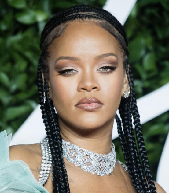 Maquillages festifs de star Rihanna