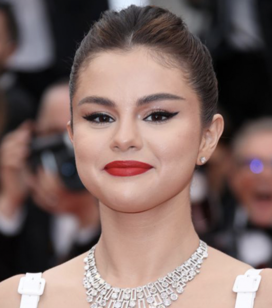 Maquillages festifs Séléna Gomez