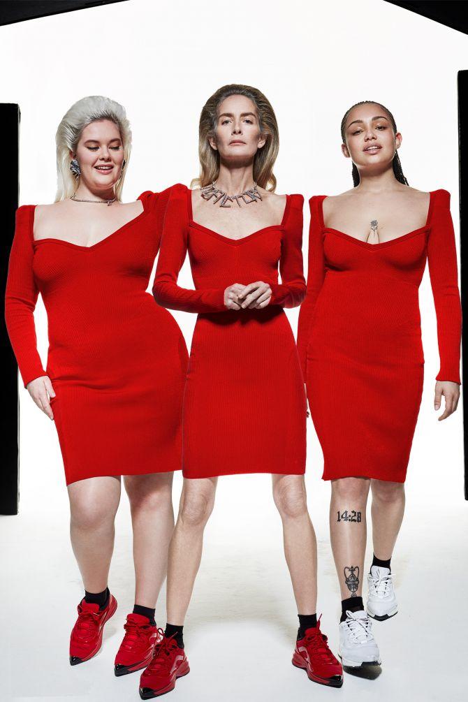 femmes robes rouges