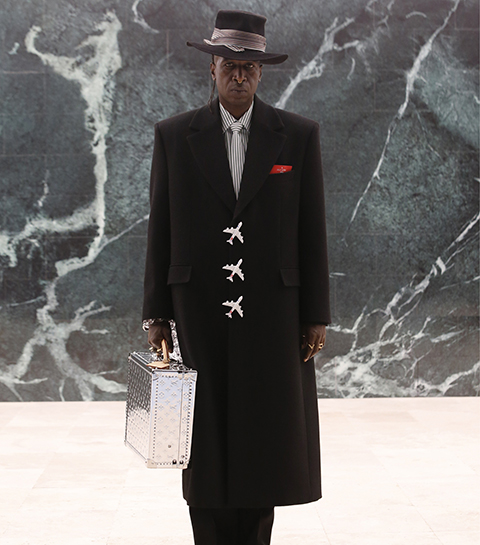 Louis Vuitton met à l'honneur la diversité dans un défilé poétique