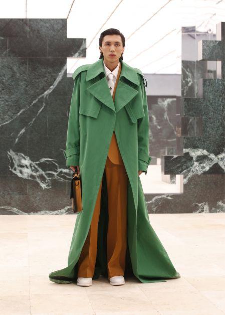 Louis Vuitton met à l'honneur la diversité dans un défilé poétique - 2