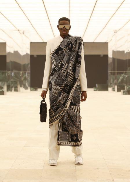 Louis Vuitton met à l'honneur la diversité dans un défilé poétique - 3