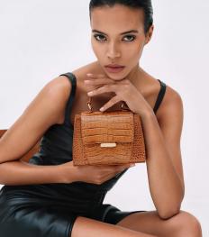 La fille du vendredi : Yeba Olayé, créatrice de sacs contemporains aux influences africaines