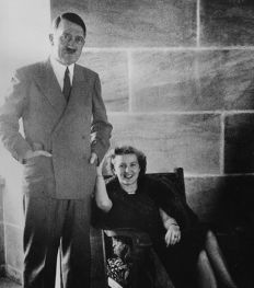 Qui sont ces femmes qui ont aimé des dictateurs ?