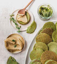 Une recette de blinis verts et houmous de lentilles pour régaler bébé