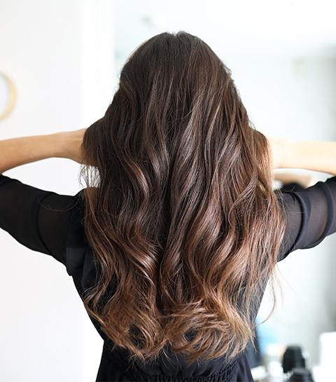 5 techniques pour boucler ses cheveux sans chaleur