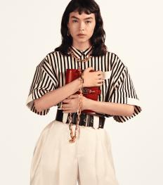 Louis Vuitton signe le sac parfait pour les beaux jours