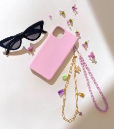Shopping : les plus jolis bijoux de téléphone pour le printemps