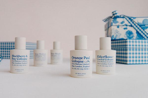 La collection Britt Marmelade est composée de 5 parfums Cologne inspirés par les saveurs des confitures de nos grands-mères.