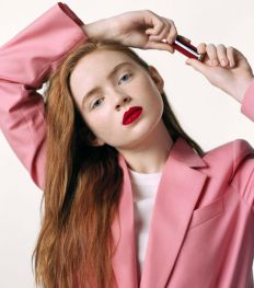 Interview exclusive : Sadie Sink est la nouvelle égérie beauté Givenchy