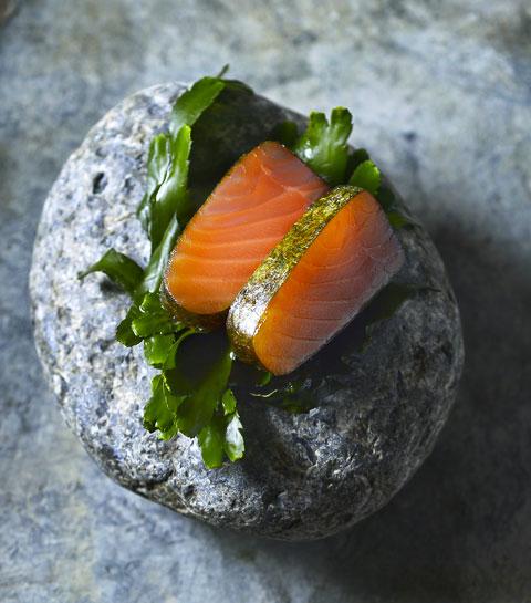 Le saumon fumé aux algues et whisky de Donald Deschagt