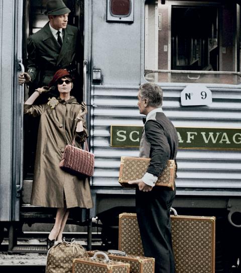 «Voyages Extraordinaires» : le livre bijoux de Louis Vuitton