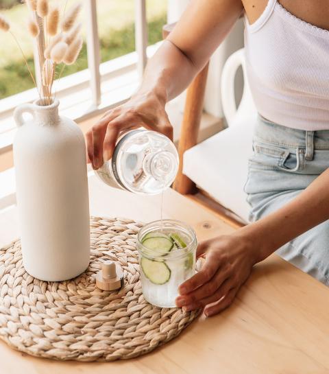 4 techniques imparables pour boire plus d'eau