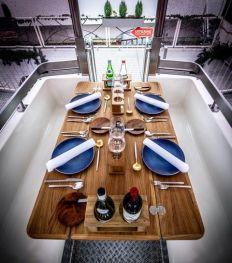 Un dîner insolite à bord d'une grande roue à Bruxelles