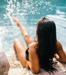 Peau, cheveux, jet lag,… : quels sont les compléments alimentaires à privilégier en été ?