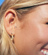 Ear seeds : quelle est cette nouvelle tendance qui aide à lutter contre le stress ?