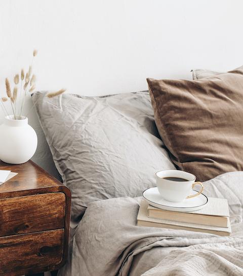 Linge de lit : quelles sont nos marques minimalistes préférées ?