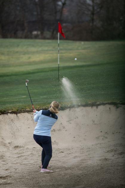 """Topgolfster Manon De Roey: """"Golf kan je op elk niveau en op elke leeftijd samen spelen"""" - 3"""