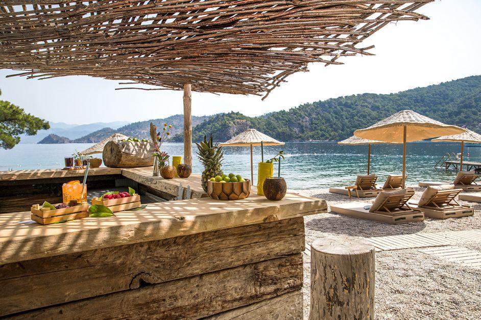 beach-bar-in-fethiye