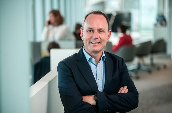 Jef Van In, CEO van AXA Belgium. Fotograaf: Marco Mertens