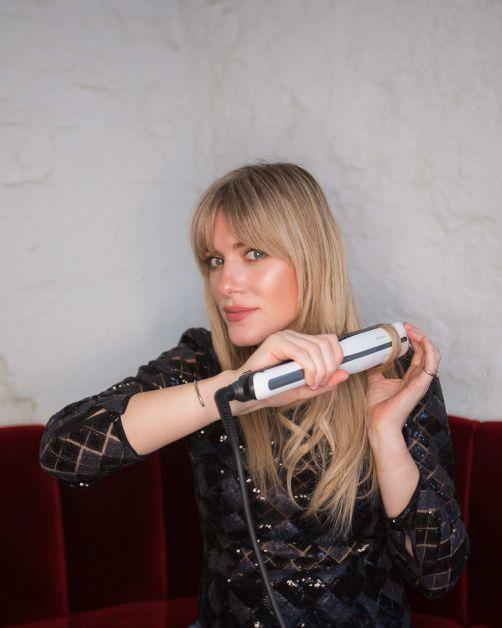 Model: Veronique Leysen, Fotograaf: Jon Verhoeft