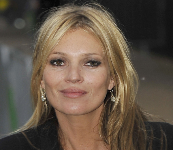 kate moss at serpentine gallery