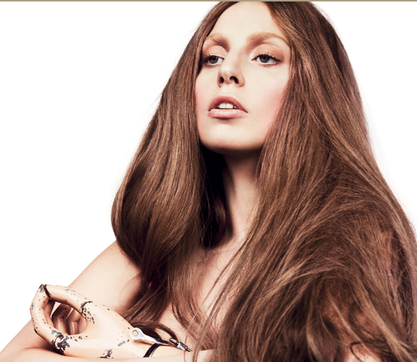 Lady Gaga naakt in kunstzinnig filmpje