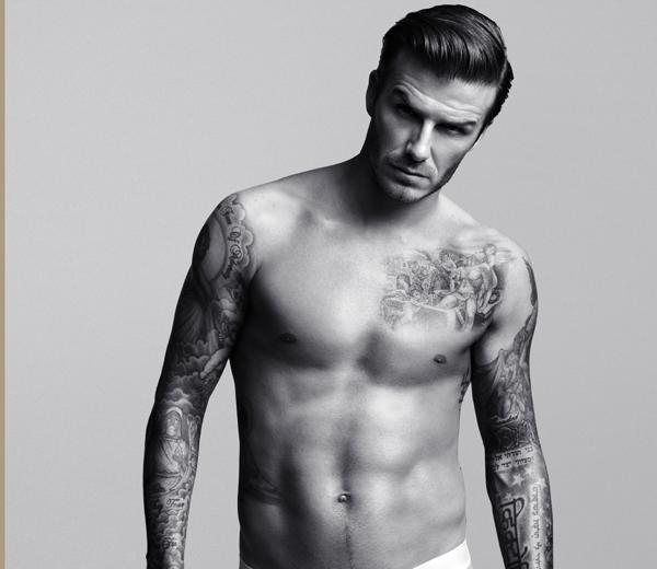 WATCH: David Beckham uit de kleren voor H&M