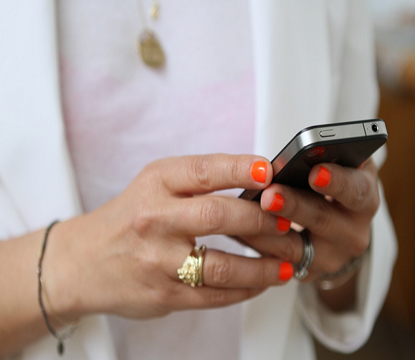 8 smsjes die je nooit stuurt naar je ex