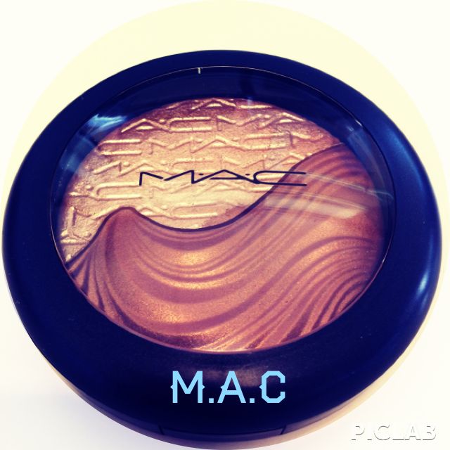 M.A.C extra dimsenion skinfinish